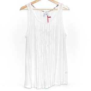 NWT Elle White Pleated Tank Blouse Womens Large D1